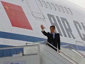Regierungschef auf Antrittsreise: Li Keqiangs Tournee führt ihn über Indien, Pakistan und die Schweiz nach Berlin.