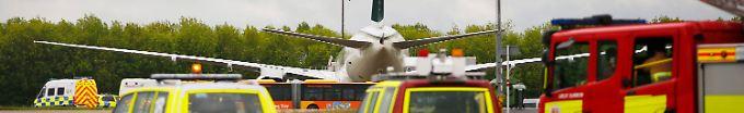 Der Tag: 14:17 Proteste legen Londoner Flughafen kurzzeitig lahm