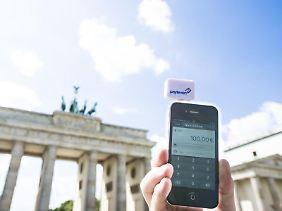 Derzeit sprießen in Deutschland die Anbieter für mobile Zahlungsdienste wie Pilze aus dem Boden.