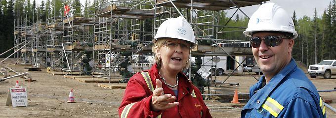 """NRW-Ministerpräsidentin Hannelore Kraft ist in die USA gereist, um sich über das Fracking zu informieren. """"Ich kann mir das im Münsterland nicht so recht vorstellen"""", sagt sie."""