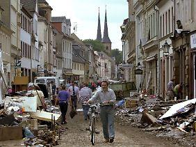 Grimma, Sachsen im Jahr 2002 nach der Flutkatastrophe.