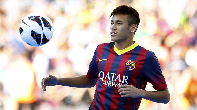 Neymar wird kündtig neben Messi für Barcelona wirbeln.