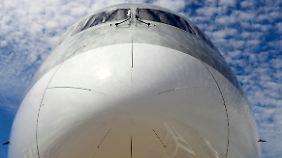 """Aufstrebende Flugzeugbauer: Neulinge präsentieren sich auf der """"Paris Air Show"""""""