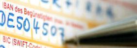 Am 1. Februar 2014 wird es ernst. Dann werden nationale Überweisungen und Lastschriften in der EU endgültig auf Sepa umgestellt. Foto: Fredrik v. Erichsen