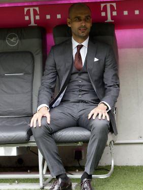 Guardiola nahm schon mal Platz.