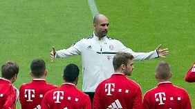 """""""Pep-Show"""" in München: Guardiola absolviert erstes Bayern-Training"""