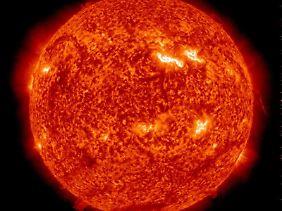 Die Sonnenkorona, aufgenommen am 10. März 2012.
