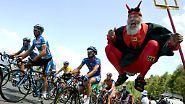 Rennfahrerblut ist keine Buttermilch: Ein Jahrhundert Tour de France