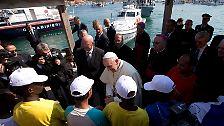 Auf der Insel im Mittelmeer manifestiert sich Tag für Tag die düsterste Tragödie Europas: ...