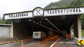 Brandgefahr in Autotunneln: Forscher tüfteln an Sicherheitstechnik