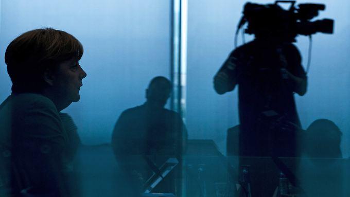 Mit der NSA-Affäre in den Urlaub: Kanzlerin Merkel beantwortete in der Bundespressekonferenz die Fragen der Hauptstadtjournalisten.