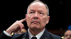 """""""Wir sagen ihnen nicht alles"""": NSA-Chef lässt Besorgnis der Deutschen kalt"""