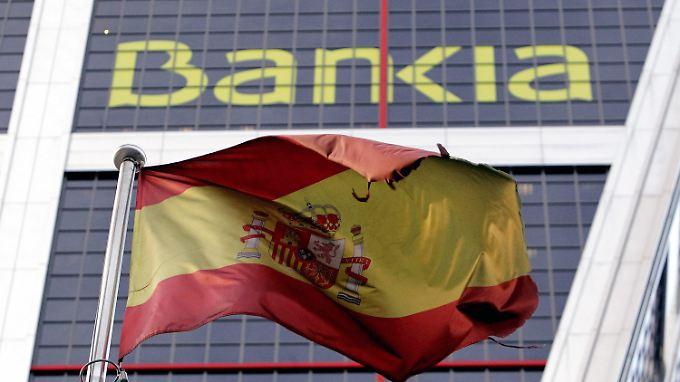 Manager, Politiker, Gewerkschafter - angeblich haben sie schamlos nach dem Geld der mit Milliardenhilfen geretteten Großbank Bankia gegriffen.