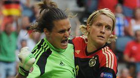 Die Beste: Torhüterin Nadine Angerer (links)