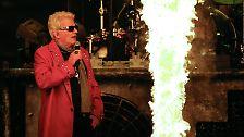 """Zehntausende Metal-Fans applaudierten dem Urgestein der Schlagerszene, bekannt für Lieder wie """"Blau blüht der Enzian""""."""