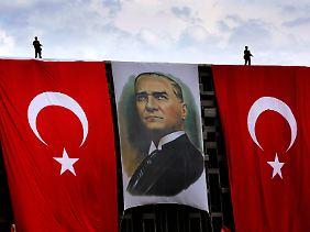 Staatsgründer Atatürk: Das Militär sieht sich als Bewahrer seines Vermächtnisses.