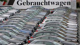 Für viele Käufer muss es kein Neuwagen sein. Immer mehr setzen auf Gebrauchte.