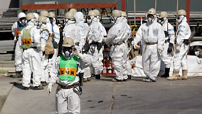 Neue Probleme in Fukushima: Radioaktiv verseuchtes Wasser strömt ins Meer