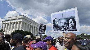 Gedenken am Lincoln Memorial: Zehntausende erinnern an Martin Luther Kings Traum