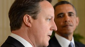Obama hatte bisher zögerlich auf die Vorwürfe reagiert. Er will sich offenbar erst mit Verbündeten wie Premier Cameron (l.) abstimmen.
