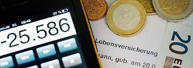 Nur noch drei Prozent für Sparer?: Lebensversicherung wird zum Problemfall