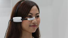 Englischsprachige Olympia-Touristen sollen mit der Brille Schriftzeichen lesen können.