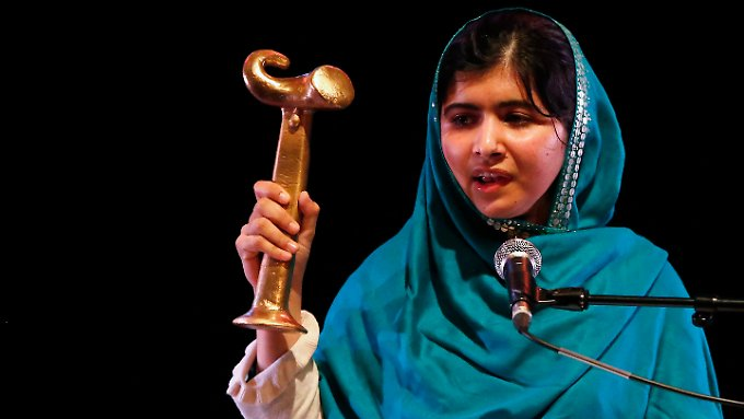 Malala nahm in London den Anna-Politkowskaja-Preis entgegen.