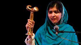 Malala ist die sechste Trägerin des Politkowskaja-Preises, der Frauen für ihren Einsatz für Menschenrechte in Konfliktgebieten auszeichnet.