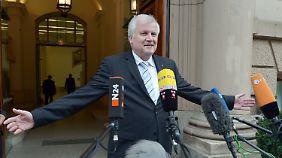 Horst Seehofer genoss den Auftritt vor den Kameras.