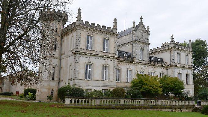 Seit dem Mittelalter fungiert das Château du Grand Mouëy als Bordeaux-Weingut.