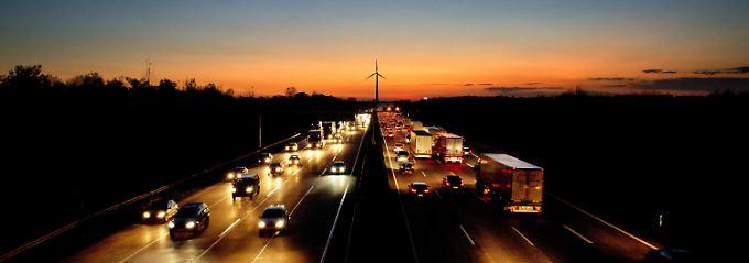Ein Wettrennen um die Gunst der deutschen Autokäufer: Das Feld der Wettbewerber ist erstaunlich breit, doch die Spitze beherrscht ein einzelner Konzern.