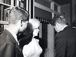 Sex-Tape zeigt Oval-Office-Orgie: Hatte Monroe einen Dreier mit den Kennedys?