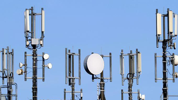 Die Frequenzen im 700 Megahertz-Bereich sind für den Ausbau schneller LTE-Netze in dünner besiedelten Gebieten geeignet.