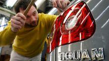 Beim Tiguan gibt es Probleme mit dem Licht. 147.000 Wagen in Deutschland sind betroffen.