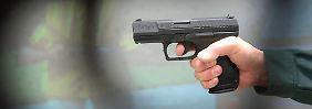 Ein Zaun für 1,1 Milliarden Euro: Export von Kleinwaffen auf Allzeithoch