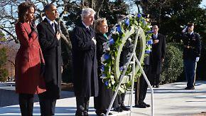Obama legt Kranz am Grab nieder: Mord an Kennedy gibt noch immer Rätsel auf
