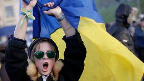 Janukowitsch beim EU-Gipfel: Ukrainer protestieren gegen Europa-Politik der Regierung