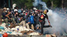 Brutalität nimmt zu: Thailand versinkt im Chaos