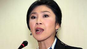 Yingluck Shinawatra will eine Eskalation der Gewalt offenbar vermeiden - schon auch, um der Armee keinen Vorwand für ein Eingreifen zu geben.