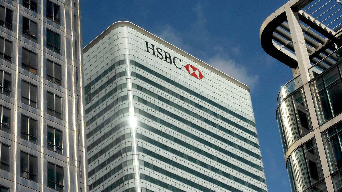 Kunden der HDFC Bank können auch eine Anfrage stellen, die Karte über die HDFC Bank PhoneBanking oder die HDFC Bank NetBanking neu zu laden. Backup-Karte zur Verfügung HDFC Bank ForexPlus Platinum Card kommt auch mit einer Option der Backup-Karte. Back-up-Karte kann als Ersatzkarte verwendet werden, falls Sie Ihre Karte verlieren. Bitte beachten Sie, dass dies eine .