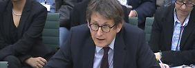 Alan Rusbridger stand dem britischen Unterhaus Rede und Antwort und verriet nicht all zu viel.