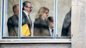 Prominente Zeugen vor Gericht: Burda entlastet Wulff, Furtwängler erinnert sich kaum