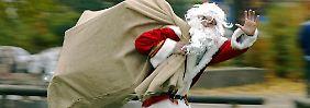 Vorweihnachtliche Kauflaune: Dax sammelt vor Heiligabend kräftig Punkte
