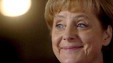 Merkel betrachtet Politik wie ein Labor. Sie hat ein Ziel vor Augen; wichtiger aber ist ihr, dass ihr die Versuchsanordnung nicht um die Ohren fliegt. Erscheint ein Ziel unrealistisch, wird es aufgegeben.