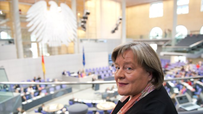 Andrea Voßhoff war lange Abgeordnete der CDU/CSU-Fraktion - jetzt soll sie den ehemaligen Kollegen auf die Finger gucken.