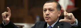 Recep Tayyip Erdogan bezeichnet seine Gegner gern als Mitglieder eines internationalen Komplotts.