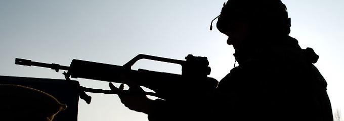 Beliebtes Gerät: Das Sturmgewehr G36 kommt auch in der Bundeswehr zum Einsatz. Das G36 wird seit 1997 produziert, wiegt 2,9 Kilogramm und kann bis zu 750 Schuss in der Minute abgeben.
