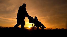 Ein Kind zu haben macht nicht zwangsläufig glücklich.
