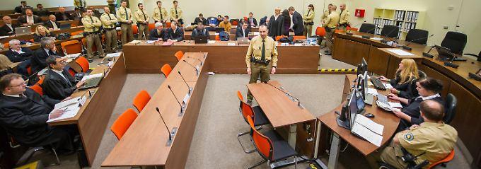 Im Gerichtssaal des Oberlandesgerichts in München.