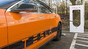 E-Autos schneller aufladen: Tesla baut Supercharger-Netz in Deutschland aus